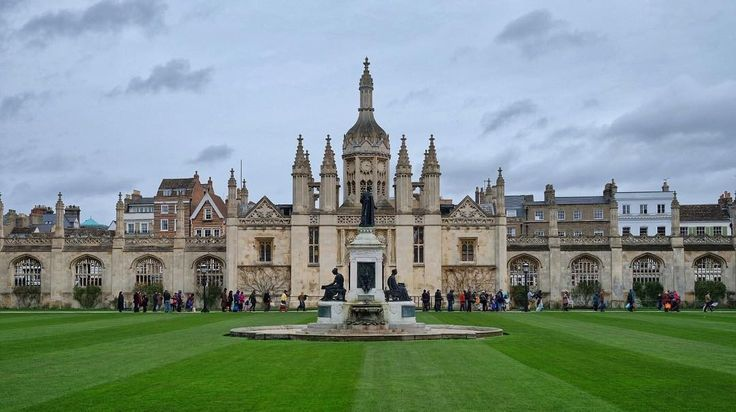 From our friends at Cambridge @cambridgeuniversity - Photo by @camdiary . Most people have been queueing since before #sunrise and the queue is only now beginning to move. #universityofcambridge #goviewyou #kingscollegechapel #cambridgeuniversity #ninelessonsandcarols #9lc #kingscollege @kings.colleger