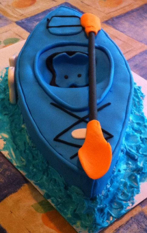 Looking for a cake that really shows dad's personality? This kayak cake is great for an outdoorsman!
