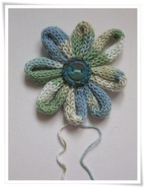 How to make an i-cord flower - Paper & needle crafts among other handmade things