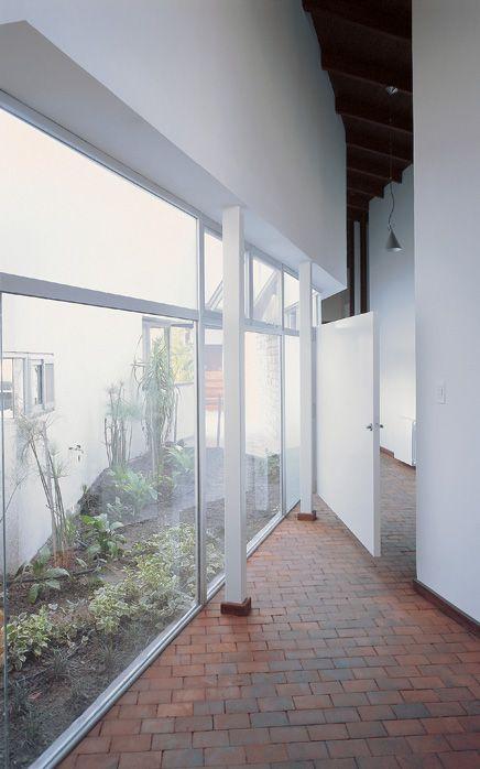 casa Brown / 2002