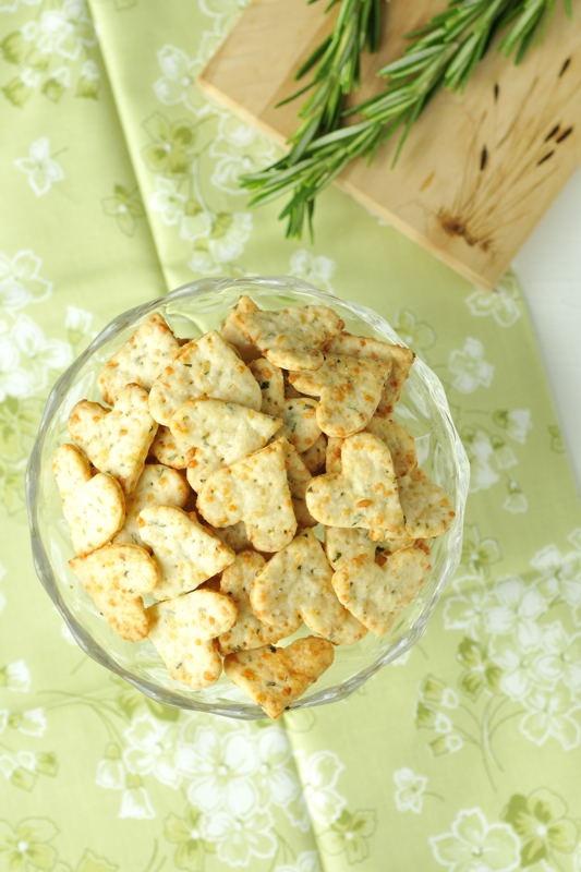 Parmesan Rosemary Crackers - by Haniela's
