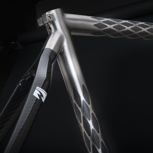 Holland Exogrid handmade bicycles. I'm not normally a big bike geek, but love the look of this.