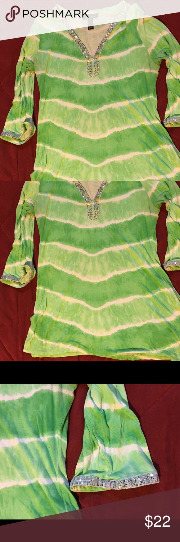 MACY'S INC TYE DYE GLITTER TRIM TUNIC TOP LARGE Size large INC International Concepts Tops Tees - Long Sleeve