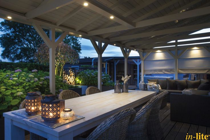 Sfeervol buitenleven | Overkapping | Terras | Tuinverlichting 12V | Lichtspot HVYE | Warm White licht | Outdoor lighting | Border | Buitenspot SCOPE