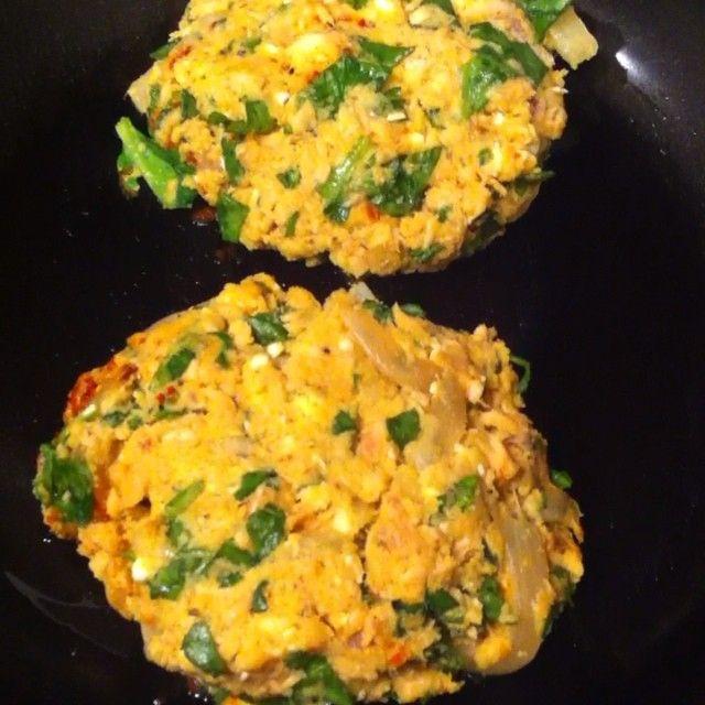 spinach chopped 1 garlic clove minced 4 Tbsp lemon 1/2 cup feta cheese ...