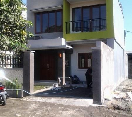 Dicari Rumah Dijual - Rumah Dijual 3.1 Star Rating: Average Dangin Puri Kauh Denpasar, Bali Rp. 2,500,000,000   Pusat informasi iklan Jual Beli Rumah Termurah