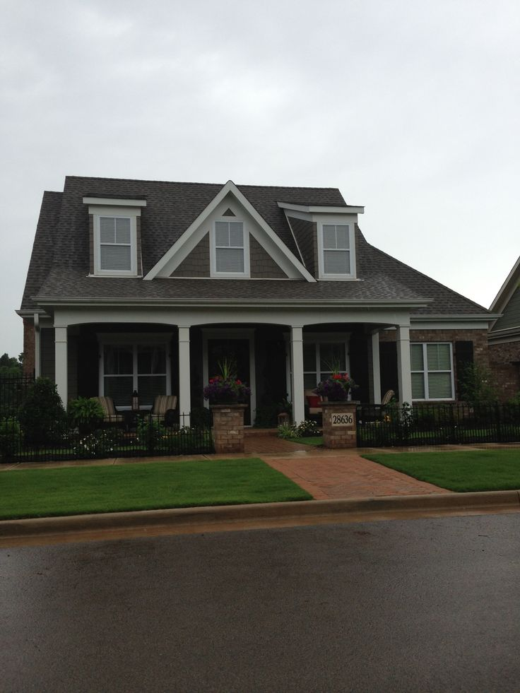 Exterior House Colors With Brown Roof: 17 Best Images About Exterior House Colors On Pinterest