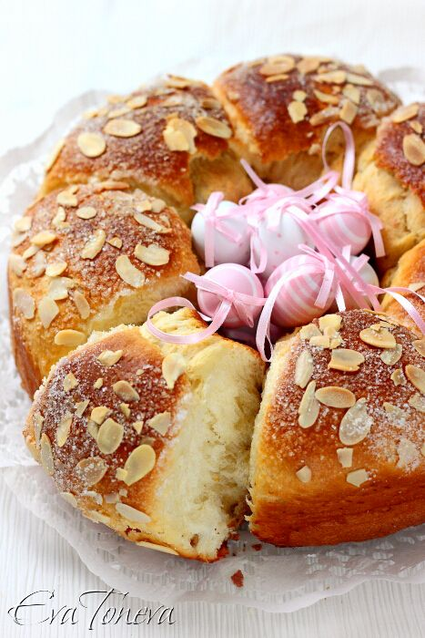Easter cake (tsoureki) with pink eggs