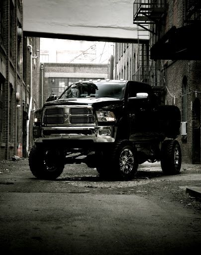 Dodge Ram truck lifted nicely! Not a Dodge fan so surprising that Im pinning this.