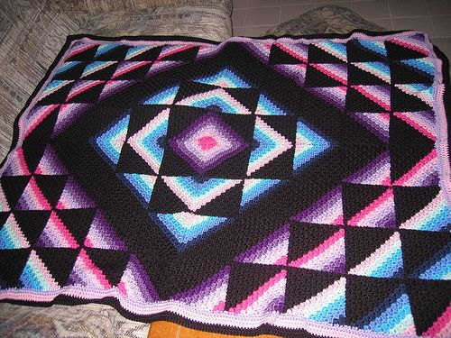 Crochet Patterns That Look Like Quilts : crochet Amish star quilt Crochet Pinterest