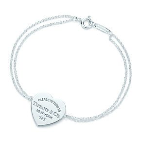 Return to Tiffany™ heart tag bracelet in sterling silver, medium.