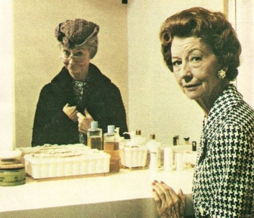 Irene Ryan,very talented lady. Best known for her role in Beverly Hillbilles