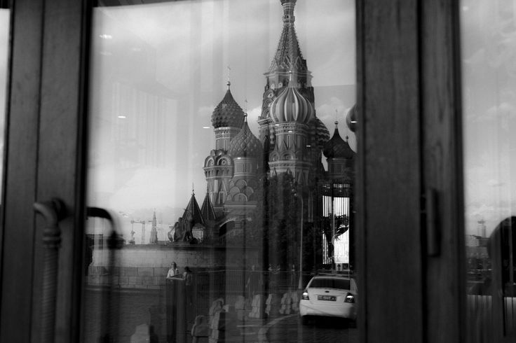 Reflection by Ivan Popov on 500px