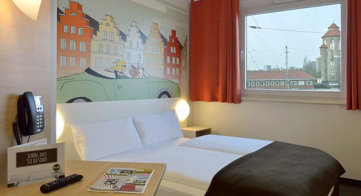 Zimmer mit französischem Bett im B&B #Hotel Osnabrück