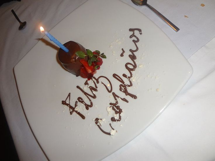 Archivo:(Zazu, Quito) Feliz Compleaños José Mauricio