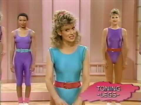 80's aerobics halloween costume with a group of gals? yesssss