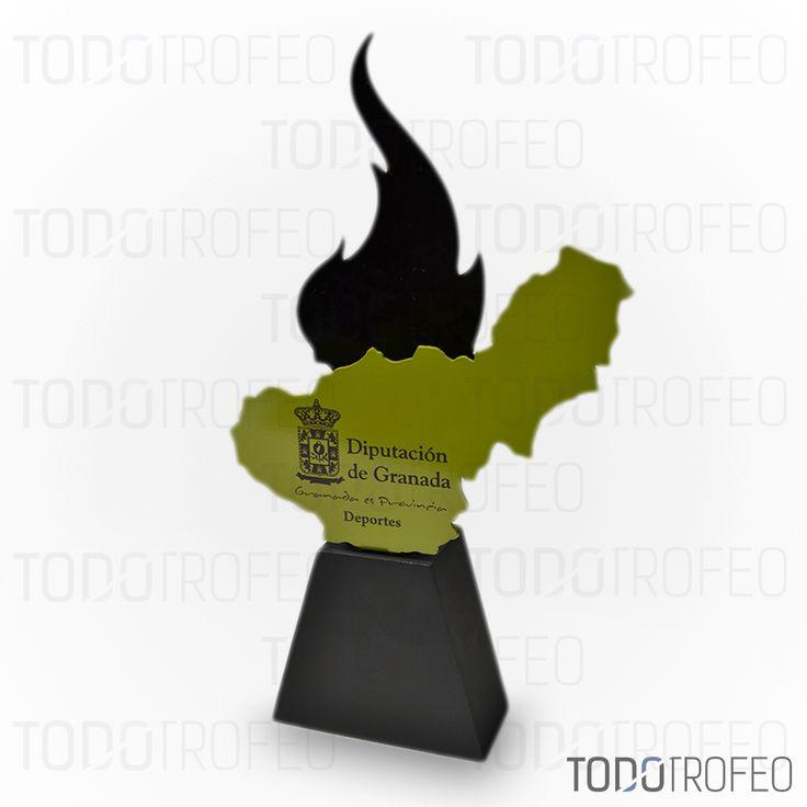 TROFEO DIPUTACIÓN DE GRANADA.   Diseñamos los trofeos para su evento deportivo. Pide su presupuesto a través de: todotrofeo@todotrofeo.com    GRANADA COUNCIL TROPHY.  We design your sport event trophies. Request your budget in: todotrofeo@todotrofeo.com