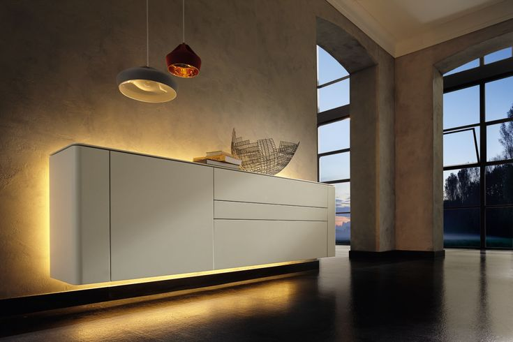 #livingroom #sideboard #huelsta #hülsta #laquer #glasscabinet #ambientelighting  #lighting #furniture #elegant #interiordesign
