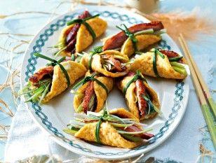 Das Rezept für Mini-Omelett-Rolls mit Entenbrust und weitere kostenlose Rezepte auf LECKER.de