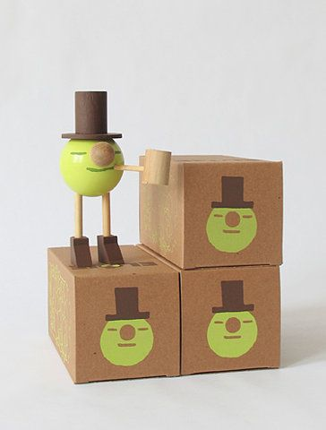 Whimsical packaging! I love the recycled boxes with the lime green color and wood texture. I would love to get back into packaging again soon.