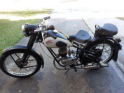 1959 Other Makes Csepel Danuvia Vintage Motorcycle 1959 Csepel Danuvia 125cc Vintage Motorcycle - All original   4 viewed per hour