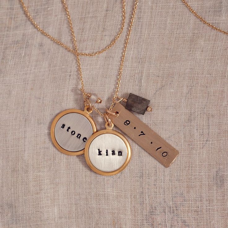 Necklaces With Kids Names On Them