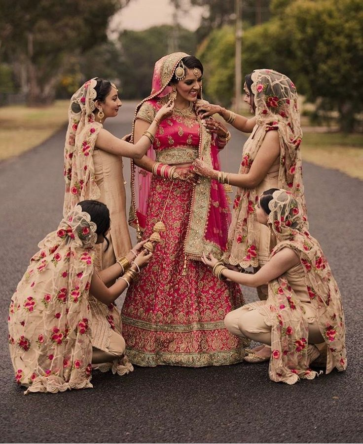 Best 25 punjabi wedding dresses ideas on pinterest for Punjabi wedding dresses online