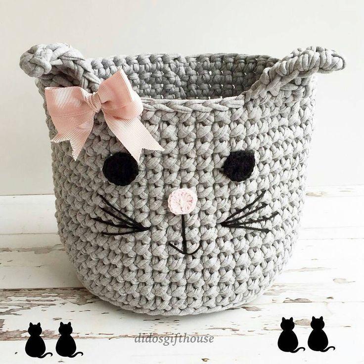 Cesto fofucho master  #cestos #basket #cat #fiosdemalha #trapillo  From @didosgifthouse