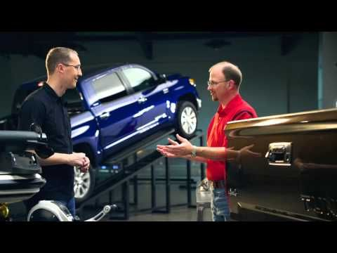 Think the Toyota Tundra has a lower towing capacity than its competitors? Think again. ▶ 2014 Toyota Tundra: Towing - YouTube