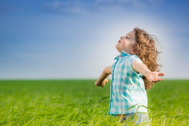 Als ouder willen we het allemaal: dat je kind zelf zijn veters strikt. Zelf ruzietjes oplost. Zijn huiswerk plant. Marcel en Annemarie Koning ontdekten de zeven gewoonten van Stephen Covey. Waarmee je kind leert om na de denken over zijn eigen doelen, zodat het zelfredzamer wordt.