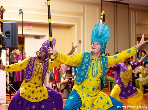 Indian Wedding Entertainment Dancers Http Maharaniweddings Gallery Photo 4931 Maharani Weddings Pinterest And