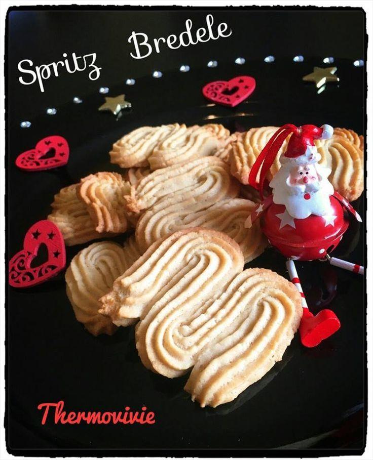 Voici une super recette Alsacienne de petits biscuits au bon goût de cannelle, amandes et vanille : Les Spritzs. Oui mais ce n'est pas n'importe lesquels, ceux du très grand pâtissier Christophe Felder. Ingrédients : Pour environs 25 biscuits - 110 gr...