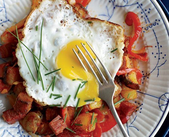 Corned Beef Hash with Fried Eggs – The Great British Food Festival