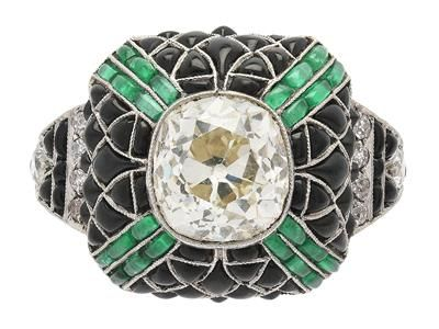RING, platinum, old cushion shaped diamond approx 2,00 ct, approx TCa(L)/SI1, onyx, emeralds, 10 old cut diamonds approx 0,30 ctw, Art Deco, size 16,75 mm, weight 6,5 g.