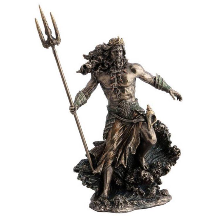 Poseidon griechischer Gott des Meeres auf Welle mit Dreizack