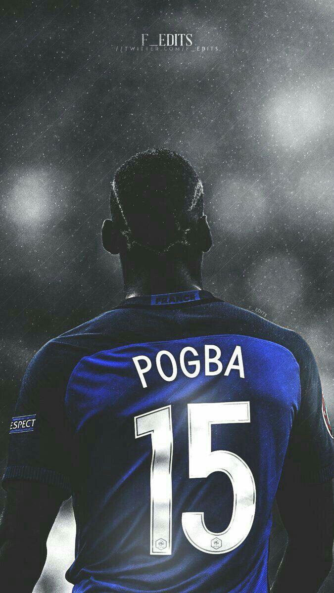 Pogba premier leaguean jokatzen ari da manchester united taldean. Bere selekzioa Frantzia da.