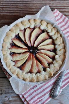 La ricetta della felicità: Crostata deliziosa mele e prugne con frolla di riso