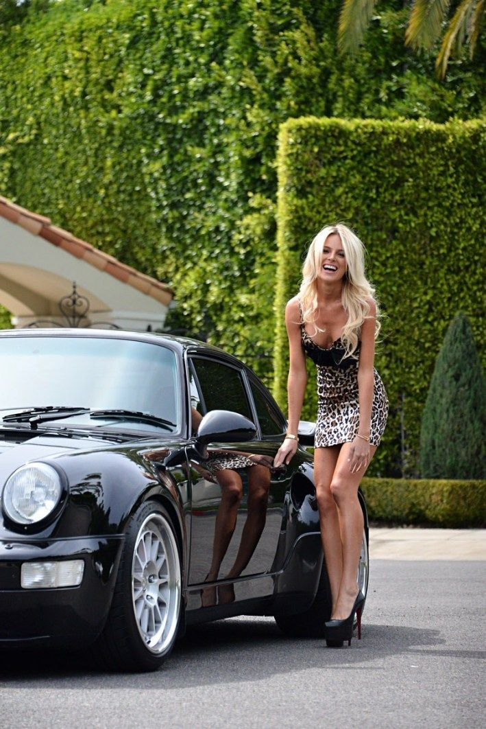 Breathtaking women and seductive cars have always sat up for exquisite photo shoots