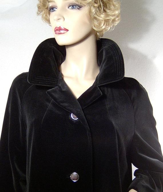 Vintage black cotton velvet coat  Medium/Large  1960s by fatspazzy, $95.00