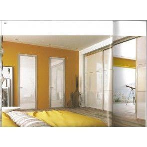 Il giallo dona calore al cuore della tua casa e la tua stanza da letto sarà ancora più bella e luminosa. http://www.legnopiuingegno.it #stanzadaletto #mobiliinlegno #arredamento