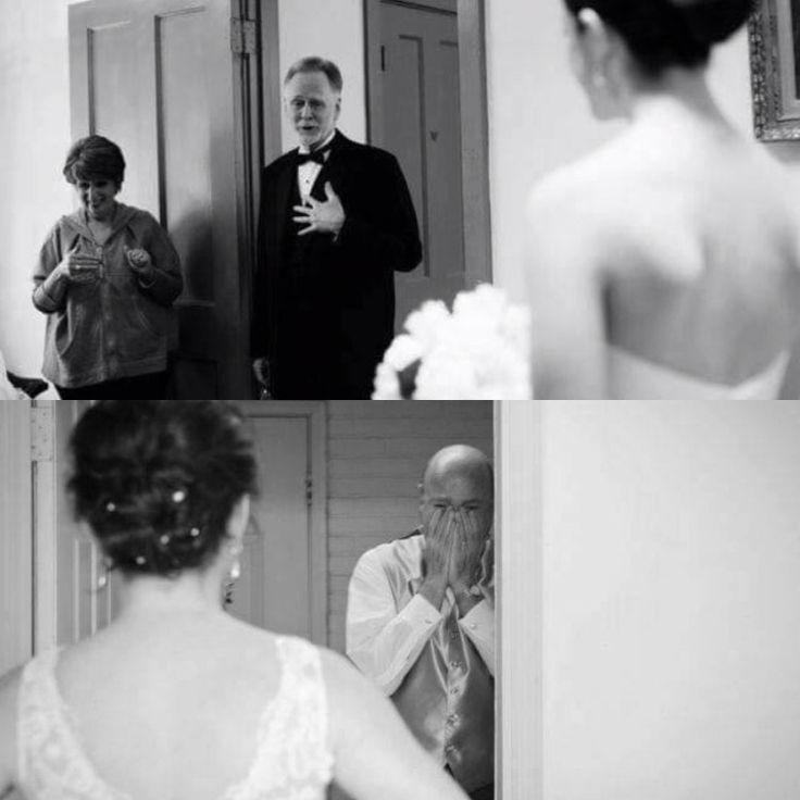 Sobre a reação dos pais ao ver suas filhas vestidas de noiva #lindo #emocionante  O primeiro amor de uma filha ❤️