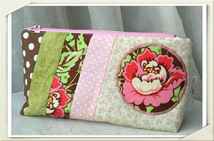 Purse with flower, purses, pink