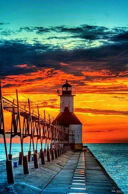 St.Joseph Michigan Lighthouse on Lake Michigan [426x643] yoga scenery - http://amzn.to/2iaVqk0