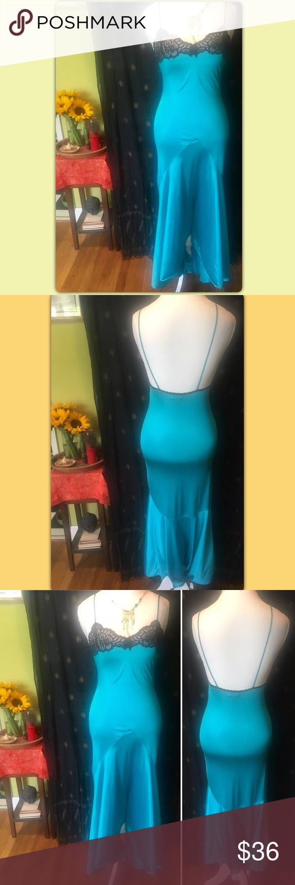 "✨✨ Vintage Negligee ✨✨ 🌞1/2 off bundles EVERYDAY!🌞 ✨✨✨ ✨ GORGEOUS Vintage Val Mode Nightgown ✨ This is so nice ... sexy!! Mermaid style In great condition  Size: Small Bust: About 18"" flat across  Length: 58"" Poly Blend ✨Bundle any 2 or more items and save 50% off✨  Respectful offers are always welcome. I will not accept offers for less than 1/2 off.   Thanks for looking! Val Mode Intimates & Sleepwear Chemises & Slips"