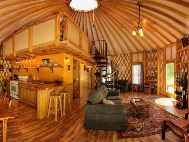 Yurt Enthusiasts Favor The Design Of These Tent Like Homes Because Large Open Feeling Interior Space And Possibilities They Offer In