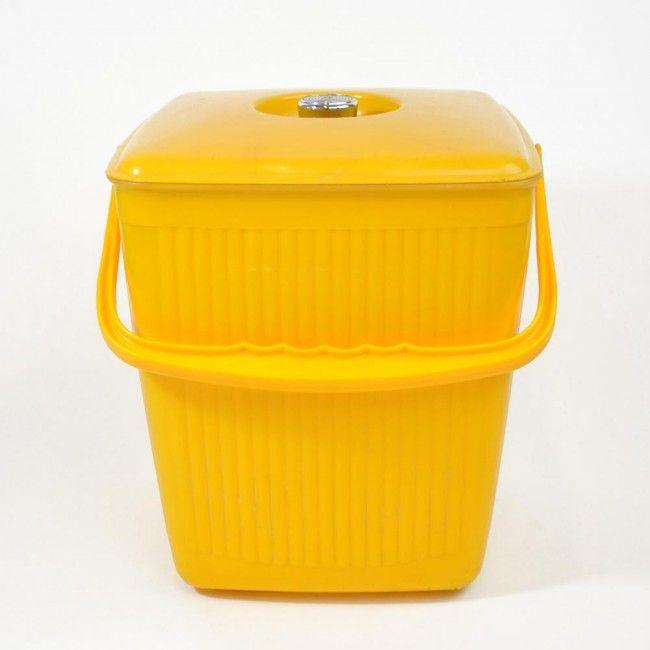 vintage bak met deksel geel