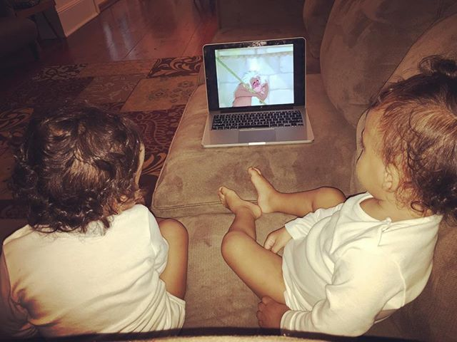 Pin for Later: 60 Adorable Moments Between Zoe Saldana and Her Twins  The twins enjoy a good Disney movie.