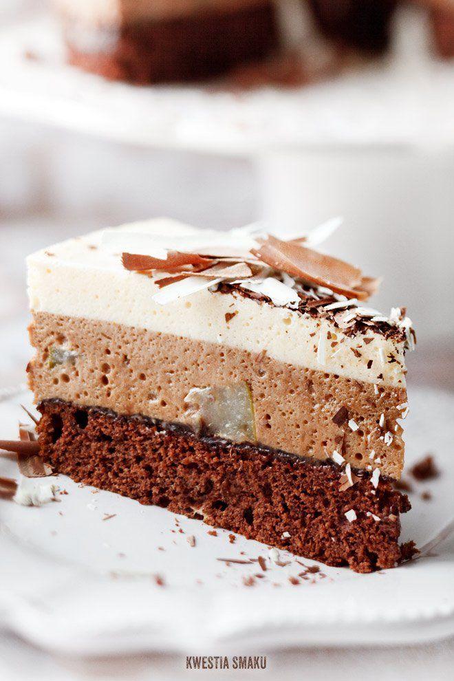 Tort z podwójnym musem czekoladowym i gruszkami