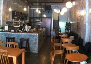 Cafe Miz Moren, Jakarta