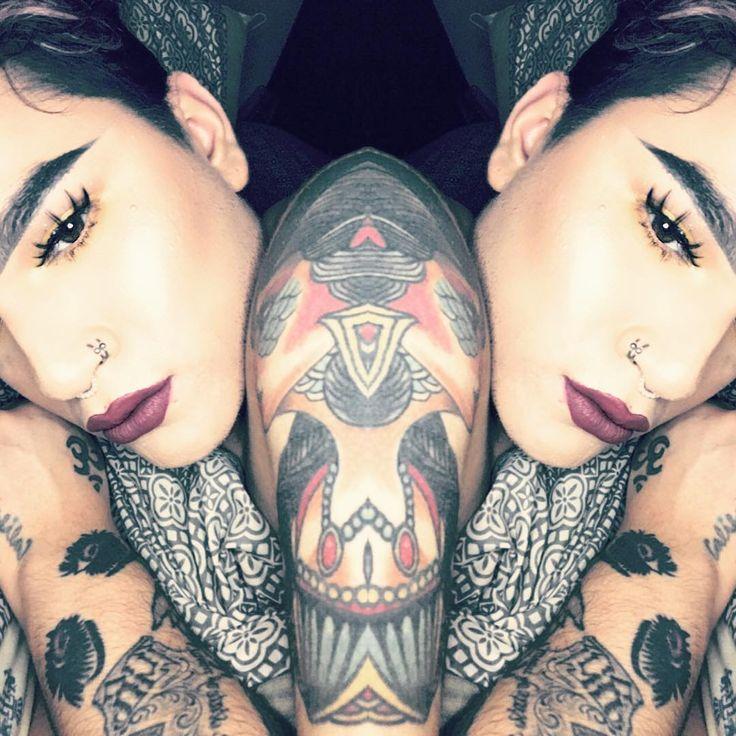 Soñador �� #gayfollow #instagay #gaymexican #gay #tattooed #tattoo #makeupartist #makeup #mentalhealthawareness #instagood #instabeauty #eyebrows http://ameritrustshield.com/ipost/1548270278856020633/?code=BV8j52TghKZ